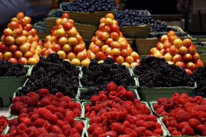 granville_market_fruits_220083.jpg
