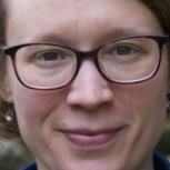 Dr Alison  Johnston